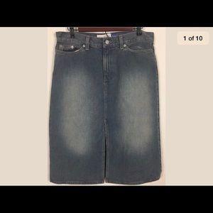 Gap jean skirt front slit stonewashed size 10
